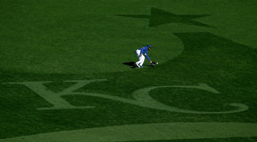 Fan Refurbishes Kansas City Royals Emblem on I-70 Out of His Own Pocket.
